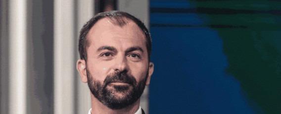 """Miur, Fioramonti si insedia e saluta personale: """"Da questo Ministero possiamo cambiare l'Italia occupandoci di scuola, università e ricerca"""""""
